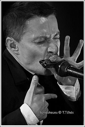 Tom 'Harmonica' Smith